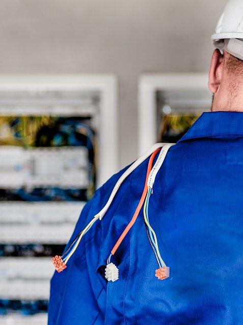 Délais courts - Domelec expert électricien dans les 2 Savoie