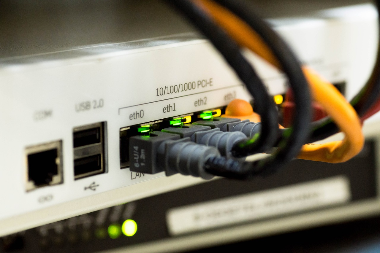 Réseaux informatiques - Les prestations de DomElec, expert électricien en Savoie et Haute-Savoie