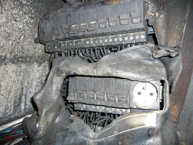 image d'une installation électrique brûlée